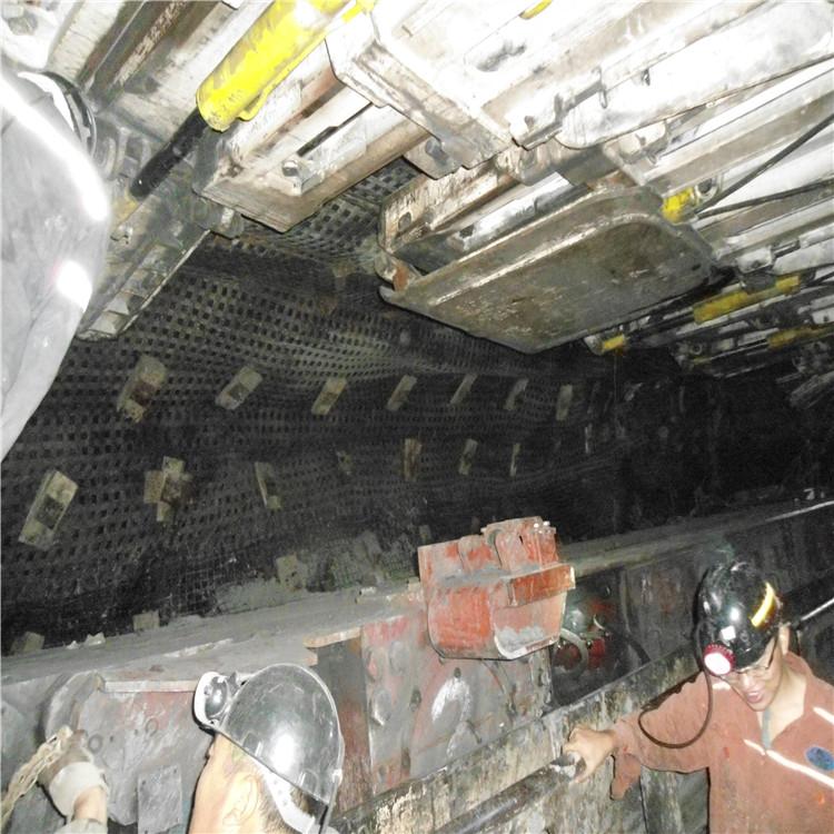 矿井深部开采软岩巷道支护方式